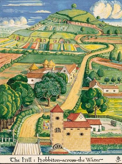 トールキン作画のホビット村。奥がお山