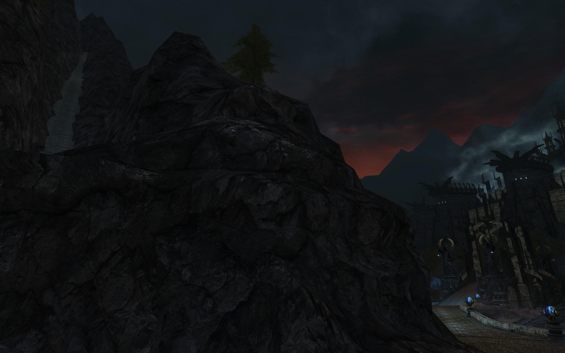 『ロード・オブ・ザ・リングス オンライン』におけるモルグル谷(右手にミナス・モルグル、左手にキリス・ウンゴルへ向かう階段)